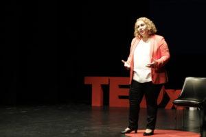 Charla Tedx de Sonia El Hakim